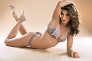 Elisabetta-Canalis-003